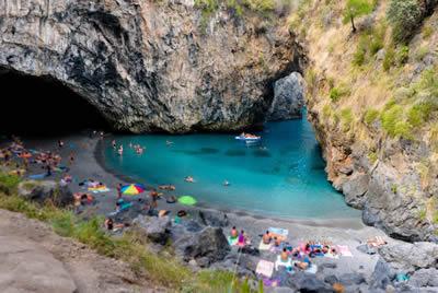 Grotta di Arco Magno in provincia di Cosenza